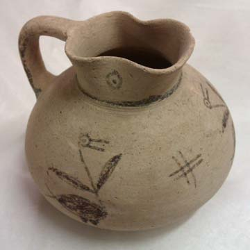 White Painted oenochoe with birds © Museums Sheffield