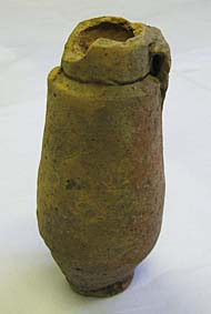 NCM 1895-39 Bottle of red clay © Nottingham Castle Museum