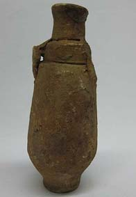UNIV.1913.0016 Bottle of red clay © University of Leeds