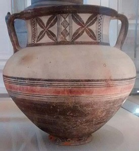 Bichrome krater from the collection of T.B. Sandwith © Fitzwilliam Museum, Cambridge