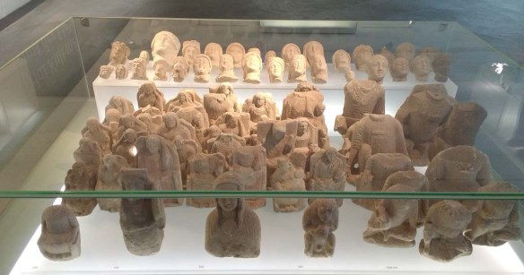 Votive figurines s